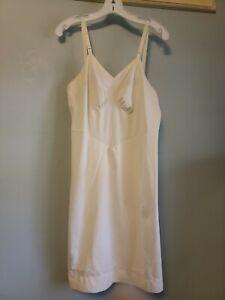Vintage White Aristocraft Soft  Nylon Full Slip Sz 38