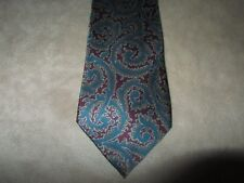 Vintage 56 inch Long 3 1/4 inches wide Mens Neck Tie Paisley Teal Burgundy 1980s