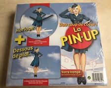 "HORLOGE + DESSOUS DE PLAT EN VERRE TREMPE ""LA PIN-UP"""
