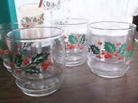 Vintage Set of 4 Christmas Holiday Rocks Glasses, Pretty Holly Design 10 oz