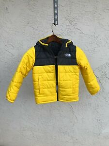 Boy's The North Face Reversible Mount Chimbo Hooded Jack, Black / Yellow Sz 5