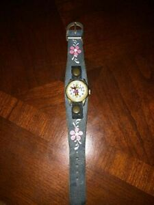 Vintage Girls Bradley Minnie Mouse Watch With RARE RED HANDS - Winds & Runs!
