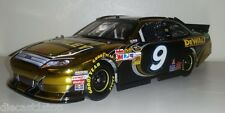 1:24 Scale Action Marcos Ambrose 2012 Stanley Ford Fusion NASCAR Colour Chrome