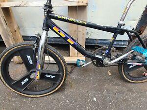 1996 GT Performer (black) with Original GT Tires & Mags great nice original bike
