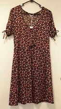 SUPRE Size L NEW Floral tea dress