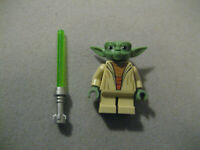 LEGO Star Wars Yoda With Lightsaber