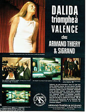 PUBLICITE ADVERTISING 026  1969 Armand Thiéry & Sigrand Valence vetements Dalida