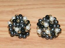 Cluster Pearls Collectible Fashion / Costume Jewelry Earrings **READ**