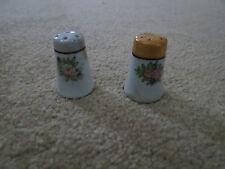 Vintage Salt & Pepper Shakers Shaped Like Thimbles w Flowers -Japan (U)