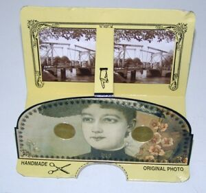 2 x 3D System Magicard  - stereoscope cards with built-in lenses