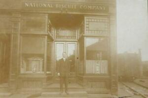 NATIONAL BISCUIT COMPANY - NABISCO -EARLY 20TH CENT. ALBUMEN PHOTO OF STOREFRONT