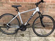 Mens Giant Hybrid Bike Medium