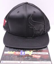 New Era 9Fifty Chicago Bulls Black Red Retro 5 V Satin Snapback Cap Hat New