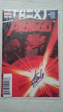 AVENGERS 25 DYNAMIC FORCES EXCLUSIVE 4/30 SIGNED STAN LEE AVENGERS VS X-MEN