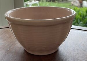 """Vintage Pottery Mixing Bowl 6"""" Pale Pink"""