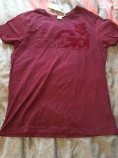 Mens Size Medium Gio Goi T-Shirt. 100% Cotton. Wine - 50