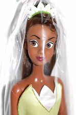 "Disney Princess and the Frog Tiana 2011 singing doll 17"" chante ""Je suis sur mon chemin"""