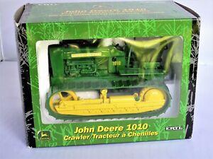 1/16 Scale John Deere Crawler ERTL 1010 (Mint)