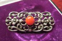 Hübsche Silber 835 Brosche Jugendstil Art Deco Floral Koralle Gründerzeit Rot