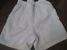 Manchester United 2006-2007 Home Football Shorts Size 6-7 years waist /bi