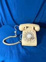 VINTAGE 1970s ATT Desk Phone Beige ROTARY DIAL AT&T telephone