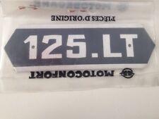 Écusson de carter latéral MOTOBECANE 125 LT origine NOS mobylette LT125 emblème