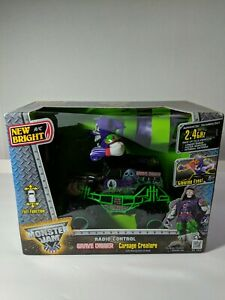 New Bright R/C Monster Jam MAX-D CARNAGE CREATURE grave digger Moving arms NIB