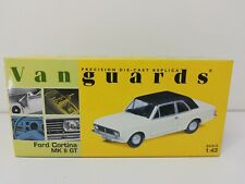 Vanguards VA 04100 Ford Cortina MKII GT Ermine White / Black 1:43