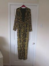 BNWT 2018 MISSGUIDED BLACK  GOLD BARQUE MAXI SCARF PRINT LOW PLUNGE DRESS SIZE 8