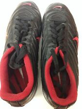 Mens Nike Soccer Cleats Size 11 Shin Guards Pretty Nice Shape Fast Priority Ship