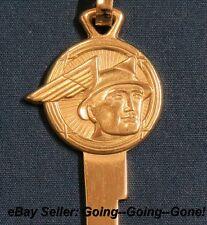 VINTAGE 24KT GOLD MERCURY MESSENGER KEY BLANK & KEY CHAIN H16 1127M 1952-1958