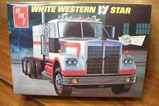 AMT WHITE WESTERN STAR 1/25 SCALE MODEL KIT