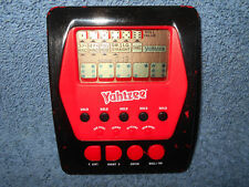 2012 YAHTZEE RED & BLACK HANDHELD ELECTRONIC DICE GAME BY HASBRO