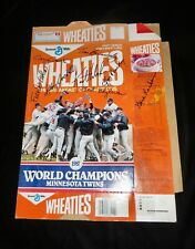 1987 WHEATIES MINNESOTA TWINS CEREAL BOX w/Printed Autographs