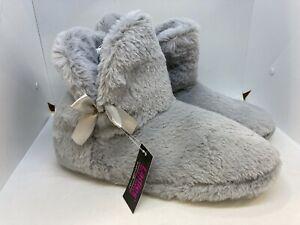 NWT Bobbie Brooks Womens Plush Slipper Booties Grey Size L 10 - 11