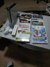 Nintendo Wii Console Complete Bundle Gamecube Compatible & Wii Sports & 5 games