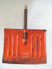 Vintage Tin Metal DUSTPAN from childs BISSELL SNO SCOOP very cool to usedisplay