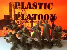 NEW!! PLASTIC PLATOON,ASSAULT GROUP,RED ARMY,STALINGRAD, 6 rubber soldiers 1:32