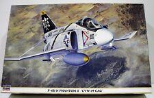 MAQUETA F-4B/N PHANTOM II CVW-19 CAG ESCALA 1/48