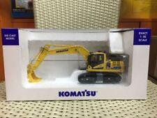 New Model Universal Hobbies UH8136 Komatsu HB205-3 Excavator Japan Version 1:50