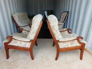 Parker Knoll Cottage style/Conservatory Three Seater and Two Chairs (Delivery)