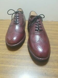 DRESSPORTS BY ROCKPORT LEATHER UPPERS WING TIPS RUBBER SOLE 10/N/ BURGUNDY. EE