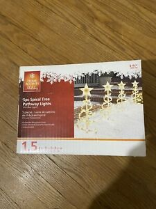 Home Accents Holiday 5Pc Spiral Tree Pathway Light Set, Clear Bulbs