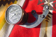 KAWASAKI H1 TRIPLE 500 GAUGE SPEEDOMETER AND BRACKET 69 - 71 KAWASAKI 500 TRIPLE
