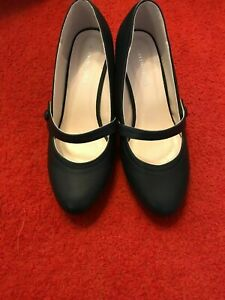 Heavenly Soles navy low-heeled Mary Jane court shoes (JFC)
