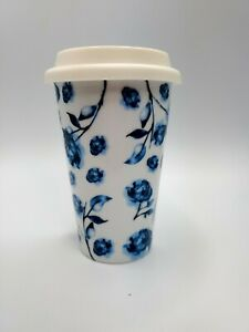 Insulated Coffee Mug with Lid 12oz  white blue flowers floral silicone lid