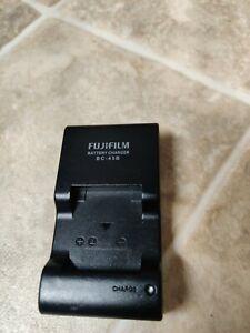 Genuine OEM Fujifilm Battery Charger (BC-45B)  BC-45B U
