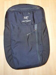 Arcteryx Blade 30 - perfect condition - originally cost £320.