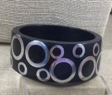 Fashion Bracelet Plastic & Aluminum Metal Circle Inlay Wide Bangle