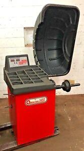 Accu-Turn / Cemb 1450  Computer Wheel Balancer Machine #234